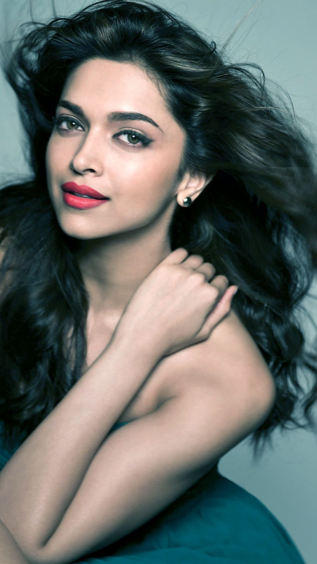 Deepika Padukone Age, Biography, Husband and Networth